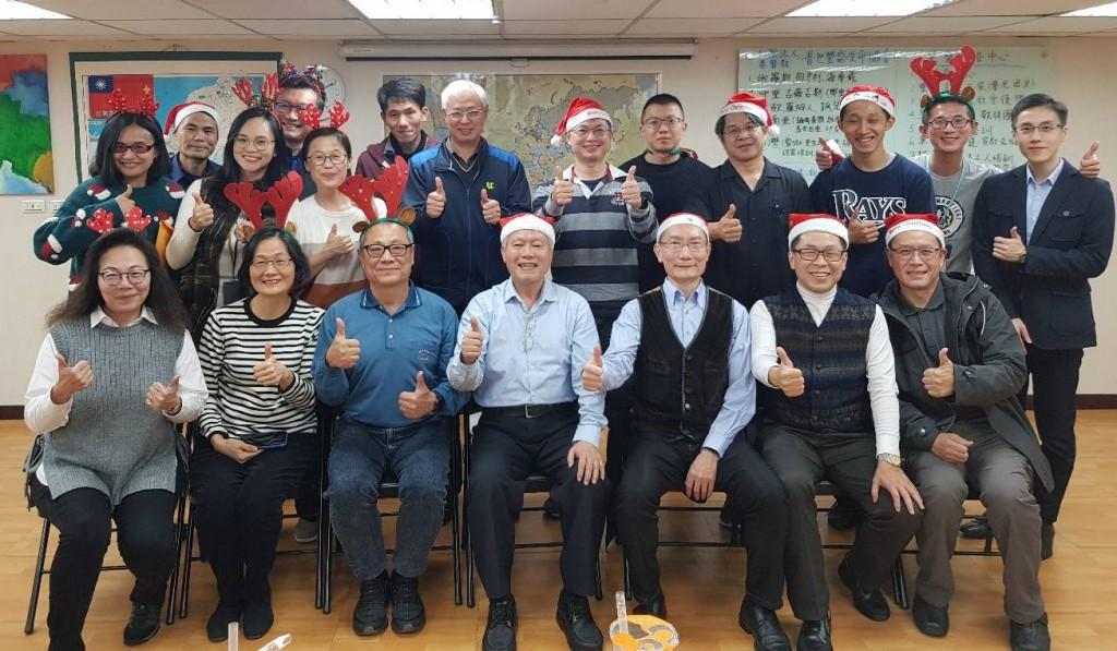 十二月17日第二次聚會(圖/常曉玲提供)