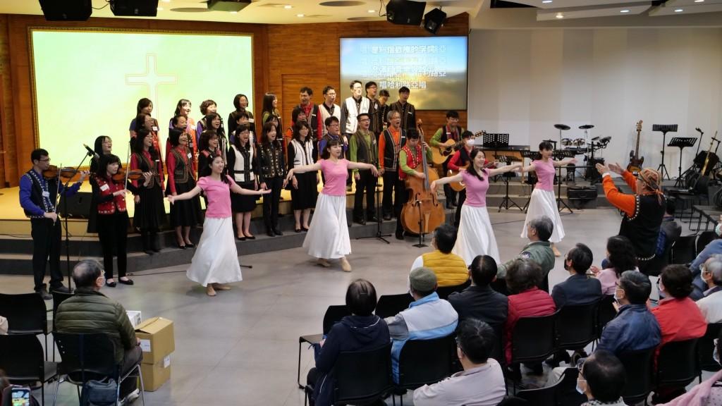 大台南牧者聯誼會,台南聖教會舞蹈表演。(圖/台南聖教會高敏智主任牧師臉書)