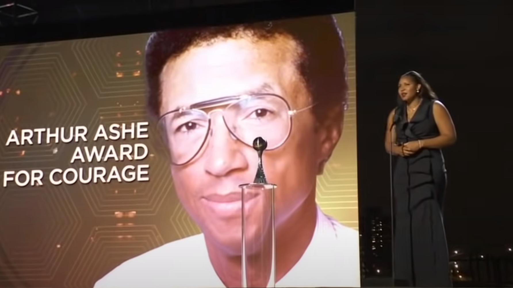 瑪雅獲頒2021年度卓越運動獎(ESPY Awards)中的亞瑟.艾許勇氣獎(Arthur Ashe Courage Award)。